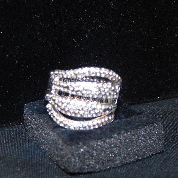stretchy fashion white diamond ring